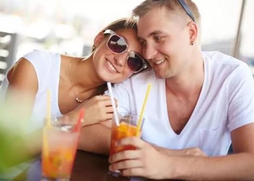 Người bạn đời tri kỉ là điều tuyệt vời nhất trong cuộc sống, đây là dấu hiệu cho thấy bạn đã có được hạnh phúc ấy