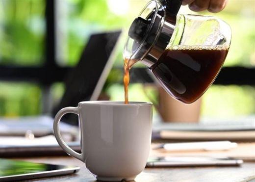 Những người nghiện cà phê nên lưu ý: Đừng uống quá 4 tách cà phê một ngày nếu không muốn làm tăng nguy cơ tử vong