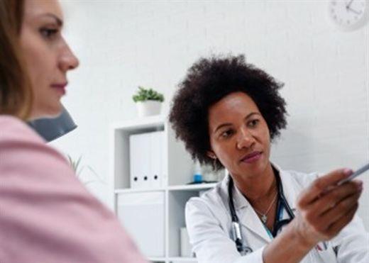 Nghiên cứu mới: Nguy cơ đột quỵ cao hơn đối với phụ nữ mãn kinh trước 40 tuổi