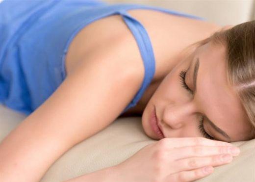 Thủ thuật thở '4-7-8' giúp bạn đi vào giấc ngủ ngon lành chỉ sau 60 giây