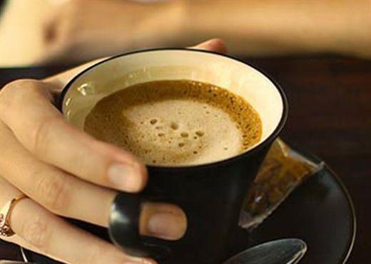 Cà phê có nhiều lợi ích nhưng uống cà phê lúc đói lại gây hại cho sức khỏe