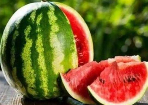 Tránh mắc sai lầm này khi ăn dưa hấu, nếu không bạn sẽ phải chịu những tác hại đáng kể đối với sức khỏe