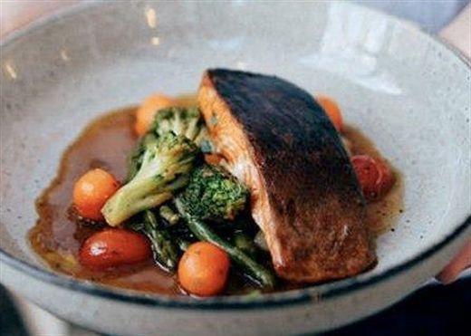 Bệnh nhân tiểu đường nên tiêu thụ cá 2 lần/tuần để kiểm soát lượng đường trong máu