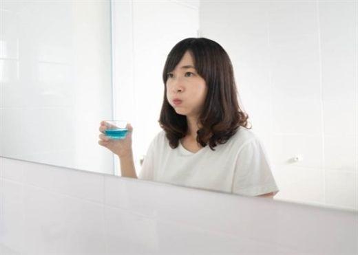 Nha sĩ cảnh báo 3 thói quen tuyệt đối không nên thực hiện ngay sau khi đánh răng