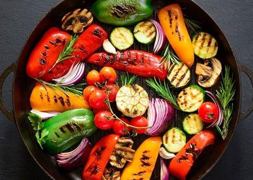 Chuyên gia dinh dưỡng chỉ ra 3 loại thực phẩm tốt nhất người trên 60 tuổi nên sử dụng hàng ngày