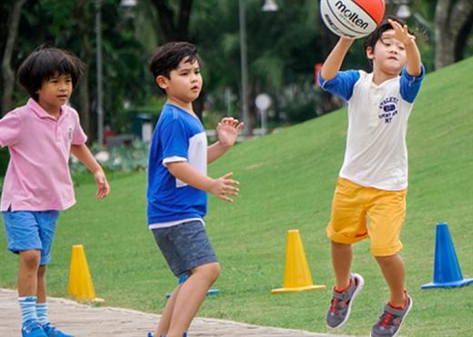 5 điều cha mẹ nên làm ngay bây giờ để hỗ trợ hệ thống miễn dịch của trẻ em trước khi trẻ trở lại trường