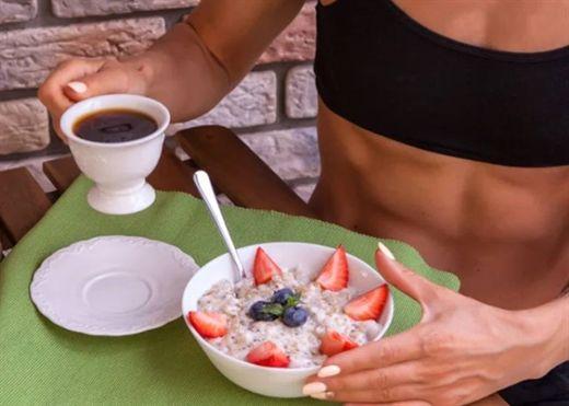 Thói quen ăn uống ảnh hưởng đến quá trình tập luyện mà chúng ta cần tránh