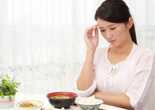 Lý giải khoa học đằng sau việc chán ăn khi mang thai
