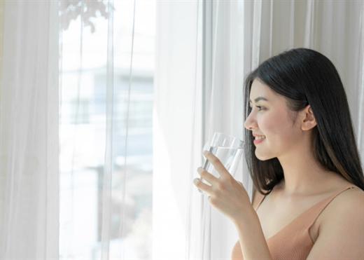 Nói không với nước ngọt, đây là điều tuyệt vời sẽ xảy ra khi bạn chỉ uống nước lọc trong 30 ngày
