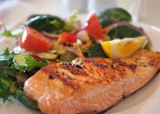 5 loại thực phẩm giúp phục hồi cơ thể sau khi tập luyện nặng