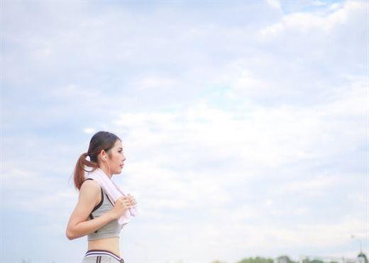 Hiệu quả bất ngờ của việc đi bộ nhanh với tốc độ 5km/giờ