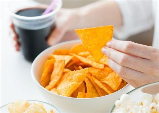 Chuyên gia dinh dưỡng chỉ ra nguyên nhân số 1 gây béo bụng