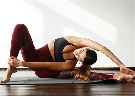 Yoga tốt cho sức khỏe nhưng bạn cần tránh những điều này khi tập yoga