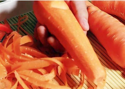 5 loại vỏ rau củ quen thuộc chúng ta thường vứt bỏ, biết lợi ích của chúng chắc chắn ai cũng tiếc hùi hụi