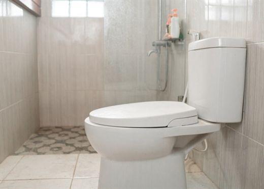 Không phải bồn cầu, đây mới là nơi bẩn nhất trong phòng tắm của bạn