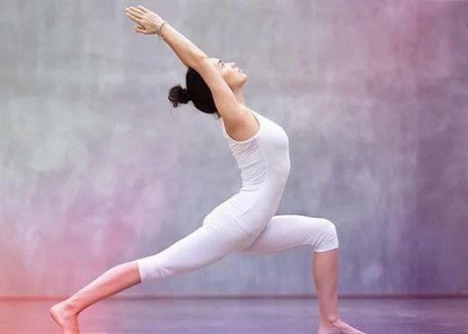 Những điều cần lưu ý khi tập yoga cho người bị cong vẹo cột sống