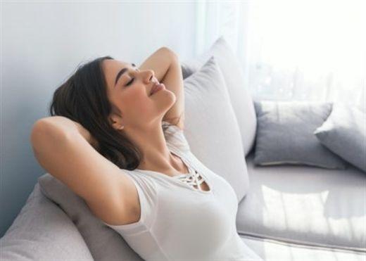 6 việc đơn giản có thể làm hàng ngày để giữ cơ thể trẻ lâu hơn và kéo dài tuổi thọ