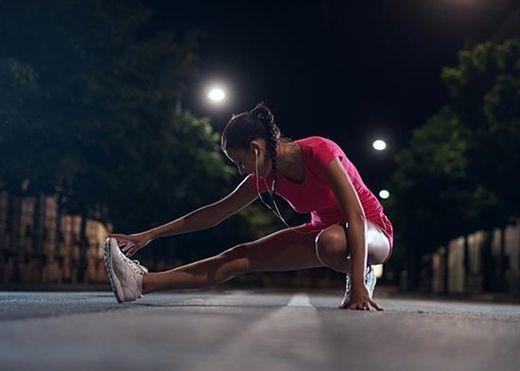 Tập thể dục vào ban đêm có gây hại cho giấc ngủ không?