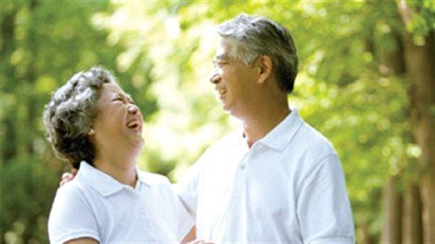 Cười nhiều cải thiện trí nhớ cực tốt cho người cao tuổi