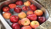 Nước rửa rau quả: Sạch chất độc thì cũng làm mất dinh dưỡng