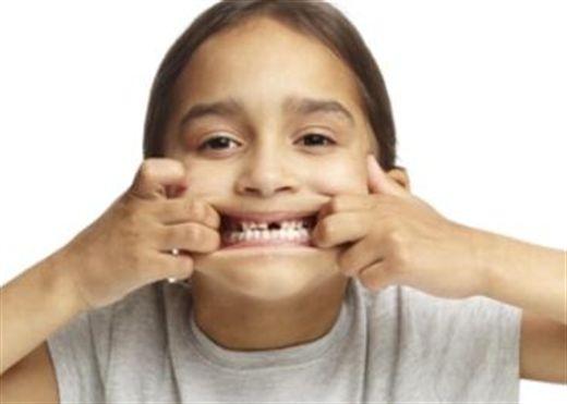 Thực hư chuyện chữa đau nhức răng bằng cách bắt sâu