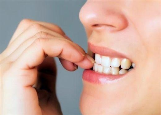 Cắn móng tay thường xuyên có thể gây nhiễm trùng ruột